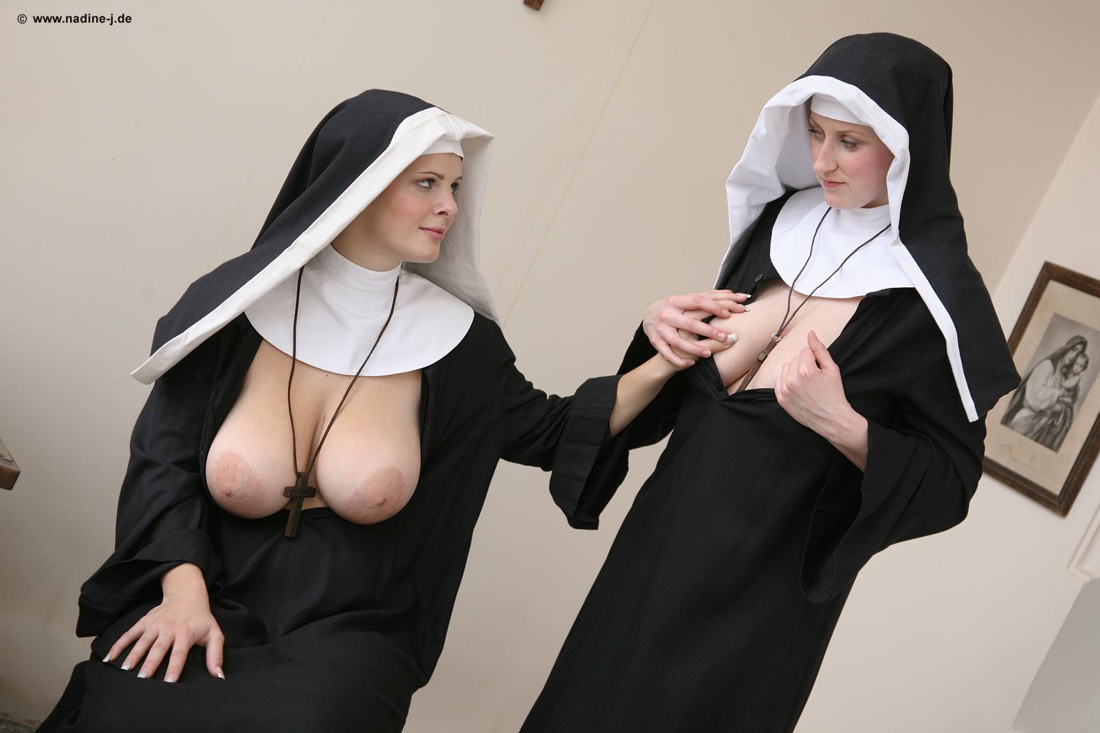 порно сисястые монашки