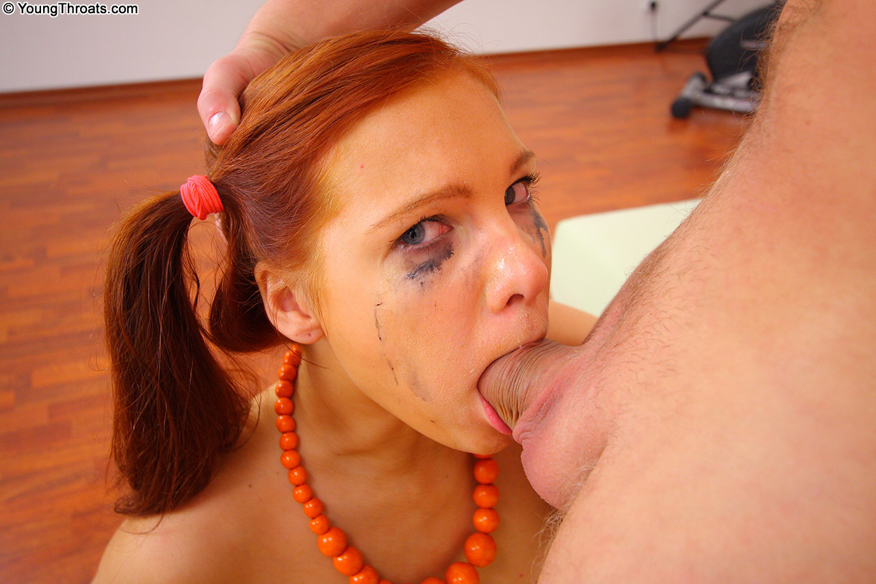 Marvellous cockblowing work from warm beauty