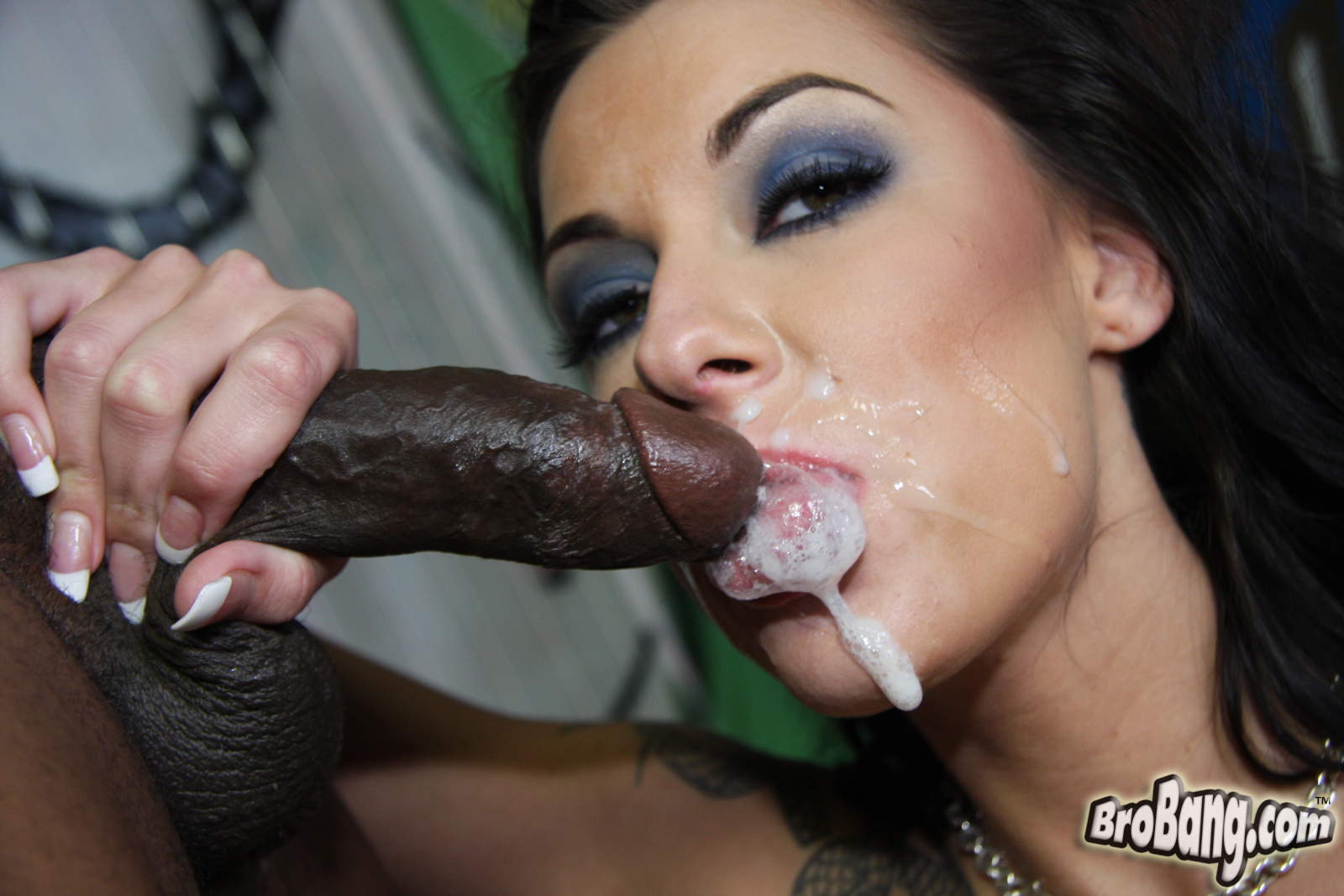 Glamorous popsy and doughty throat cock filling