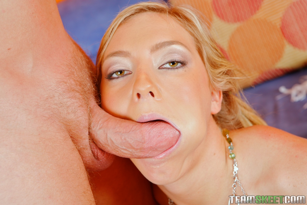 Deep oral facethroating and majestic hussy